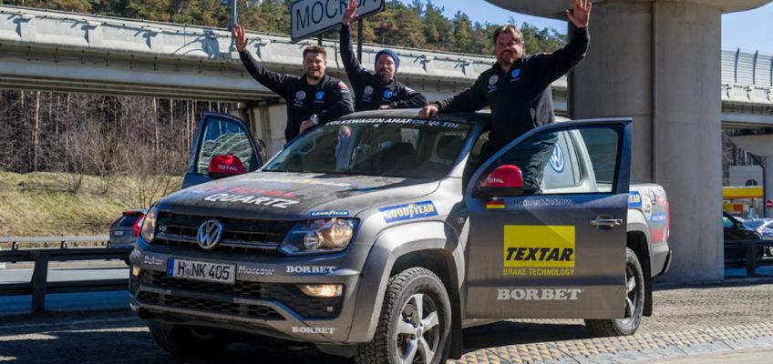 Rainer Zietlow lo vuelve a hacer: de Dakar a Moscú en 3 días, 4 horas y 54 minutos en coche