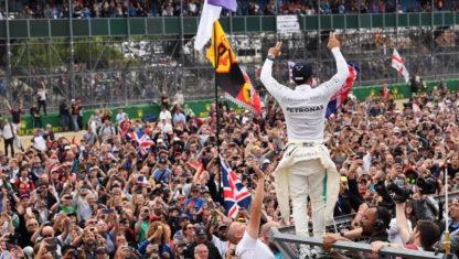 foto: SILVERSTONE | El golpe maestro de Hamilton en casa que pone el Mundial en un puño