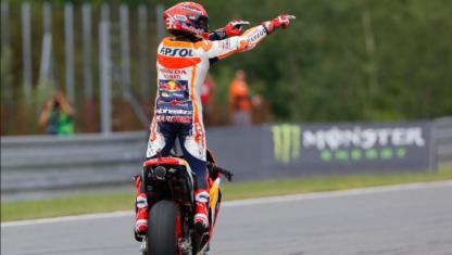 foto: MOTOGP | BRNO: La estrategia de equipo eleva a Márquez