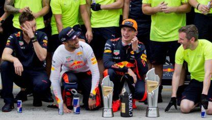foto: Malasia GP: Vettel y una remontada histórica para mantener vivo el Mundial