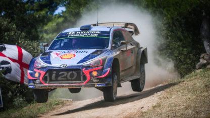 foto: WRC | Neuville gana a Ogier por siete décimas, en Italia Sardegna, y refuerza su liderato