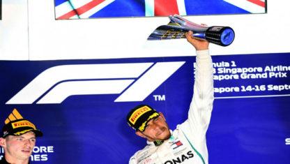 foto: Hamilton lidera con cuarenta puntos después de su victoria en el GP de Singapur