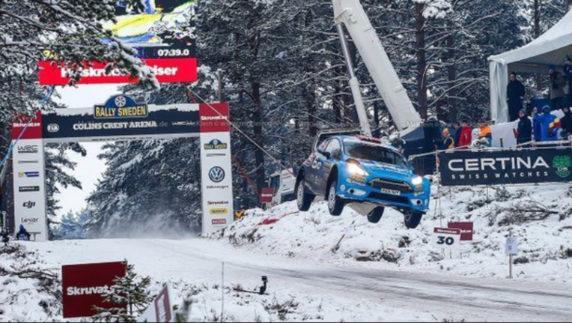 foto: Así fue el salto récord en el Rally de Suecia 2016: un vuelo de 45 metros