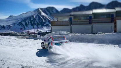 foto: Alonso se pasa a las carreras de coches sobre hielo… por un día