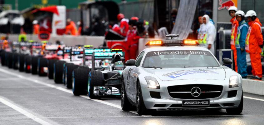 Cuando el coche de seguridad del Motorsport es un… ¡peligro!