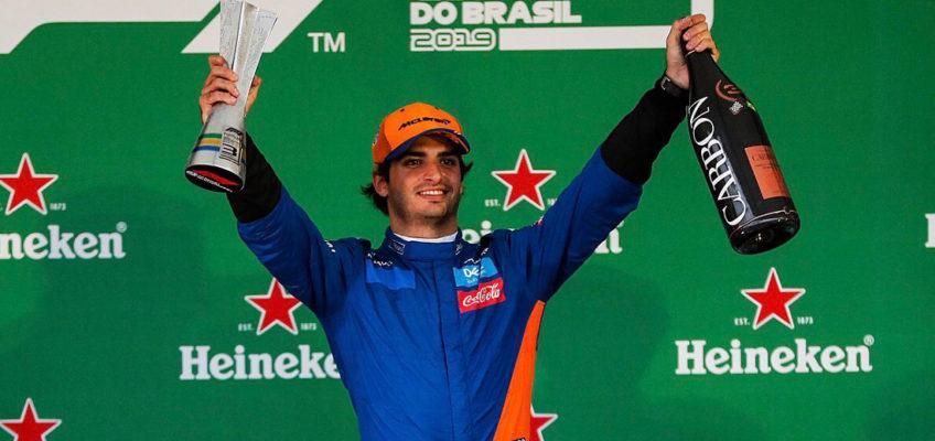 Carlos Sainz hace historia en la Fórmula 1 con su primer podio