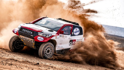 foto: Alonso y Coma, listos para el Dakar