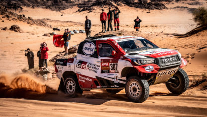 foto: Histórica segunda plaza de Alonso en el Dakar