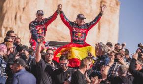 foto: Carlos Sainz gana su tercer Dakar con 57 años