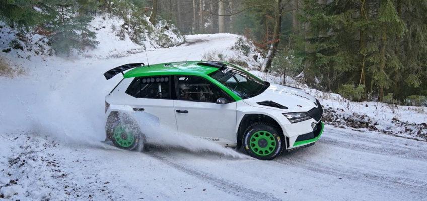 Oliver Solberg entrena en España tras ampliar su programa en el WRC