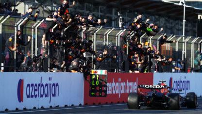foto: GP de Azerbaiyán: Checo Pérez reina en el caos de Bakú