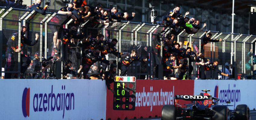 GP de Azerbaiyán: Checo Pérez reina en el caos de Bakú