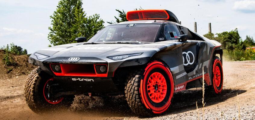 Así es el AudiRS Q e-tron de Carlos Sainzpara el Dakar 2022