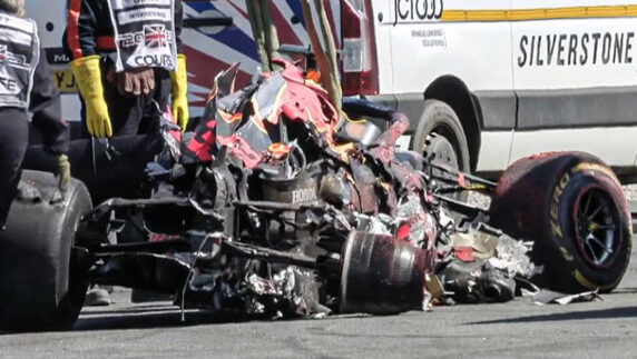foto: Red Bull contrata a un abogado tras el accidente del GP de Gran Bretaña