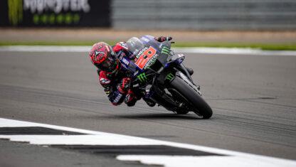 foto: GP de Gran Bretaña MotoGP 2021: Quartararo se luce ante Rins y un histórico Aleix Espargaró