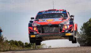 foto: Rally España WRC 2021: Neuville domina, Evans evita el título de Ogier y Sordo es tercero